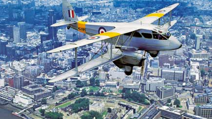 75 Minute Biplane Sightseeing Tour of London