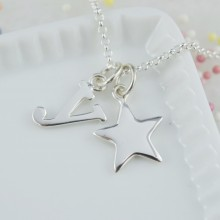 Silver Solid Star Necklace